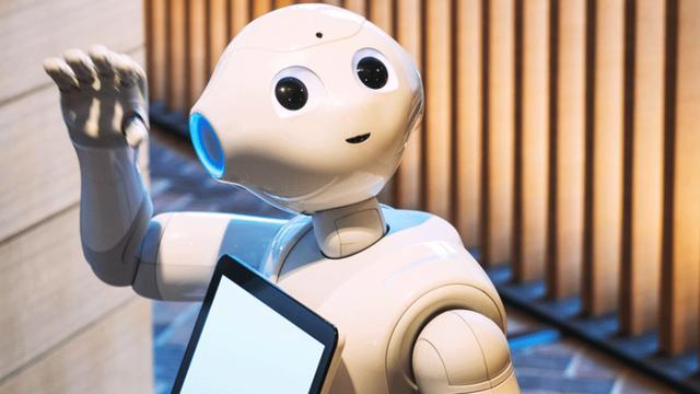 japonskij otel uvolil robotov sotrudnikov za plohuju rabotu
