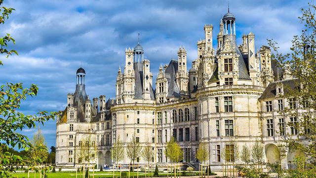 vo francii turistov zhdut 500 meroprijatij v chest 500 letija renessansa