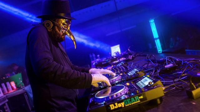 mezhdunarodnyj festival klubnoj muzyki amsterdam dance event2