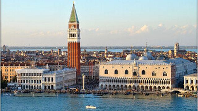 v venecii opredelilis s datoj vvedenija tursbora dlja odnodnevnyh turistov