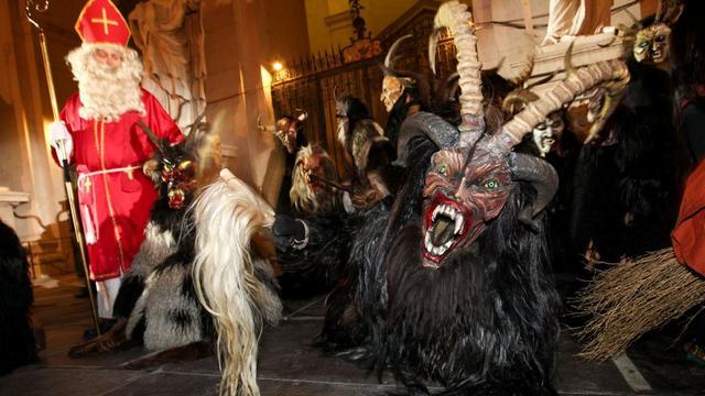 alpijskij karnaval perchten v zalcburge 1
