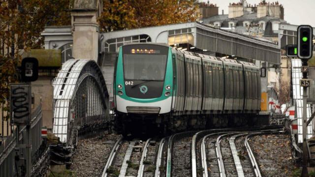 mezhdu franciej i shvejcariej pustjat metro
