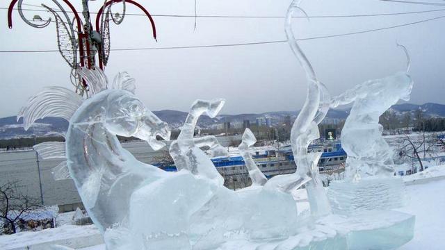 festival snezhnyh skulptur volshebnyj led sibiri v krasnojarske 1
