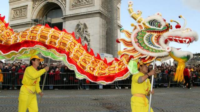 kitajskij novyj god v parizhe
